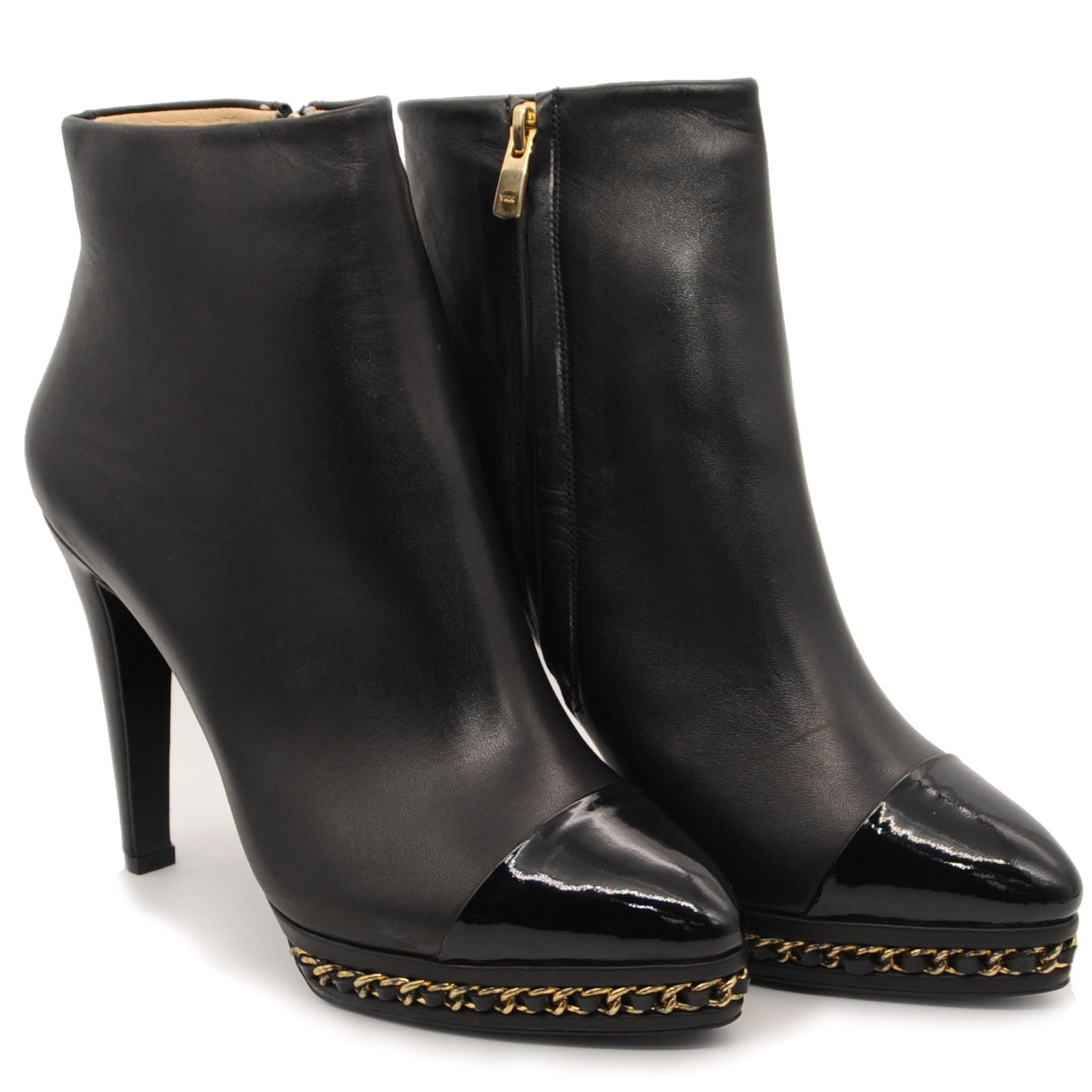 Chic Stylish Ankle Leather Boots with High Heels Side Zipped and Coloured Gold Chain in Sole