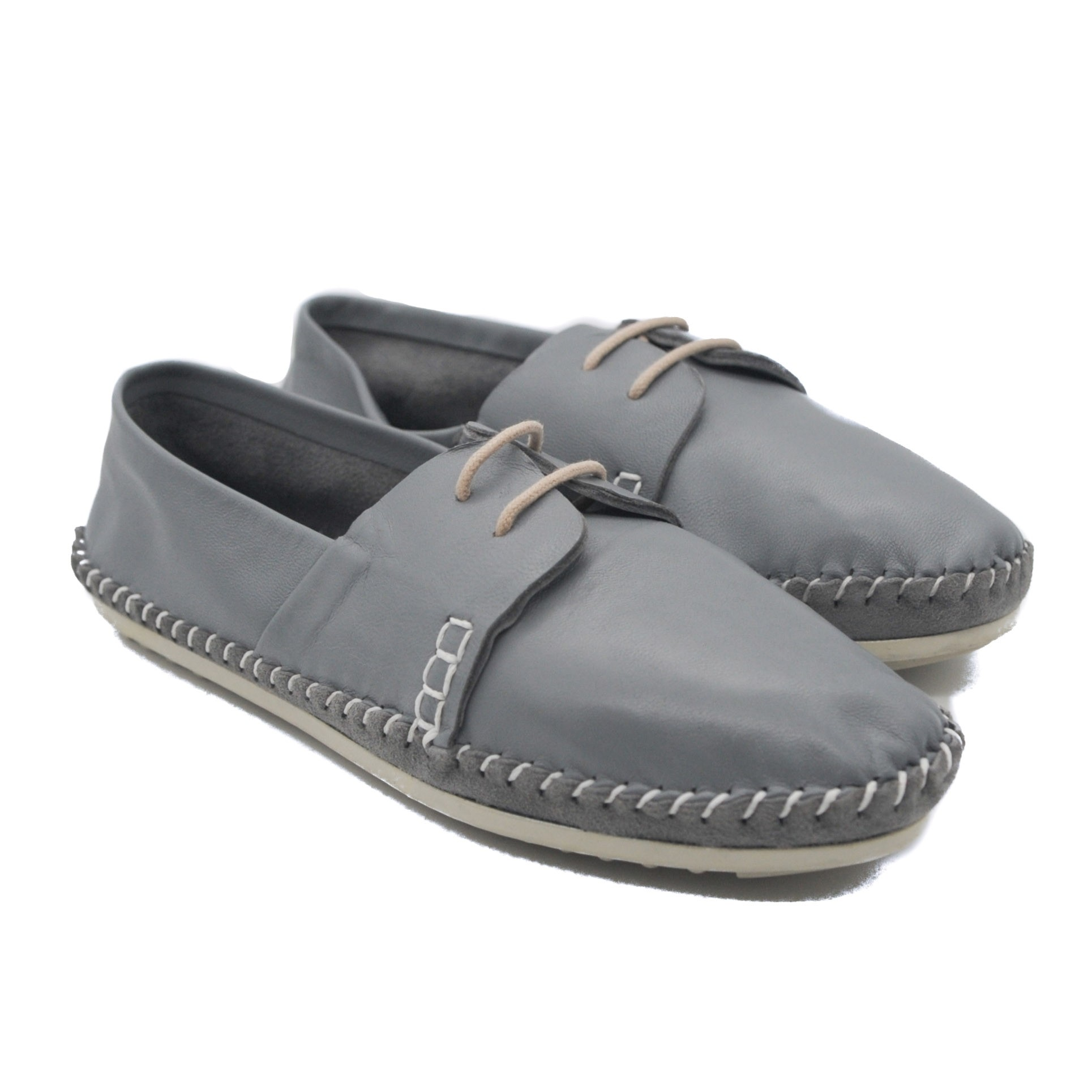 Pegia Art Goya Ladies' Flat Lace Up Shoes in Soft Grey Leather and Detailed Stitching