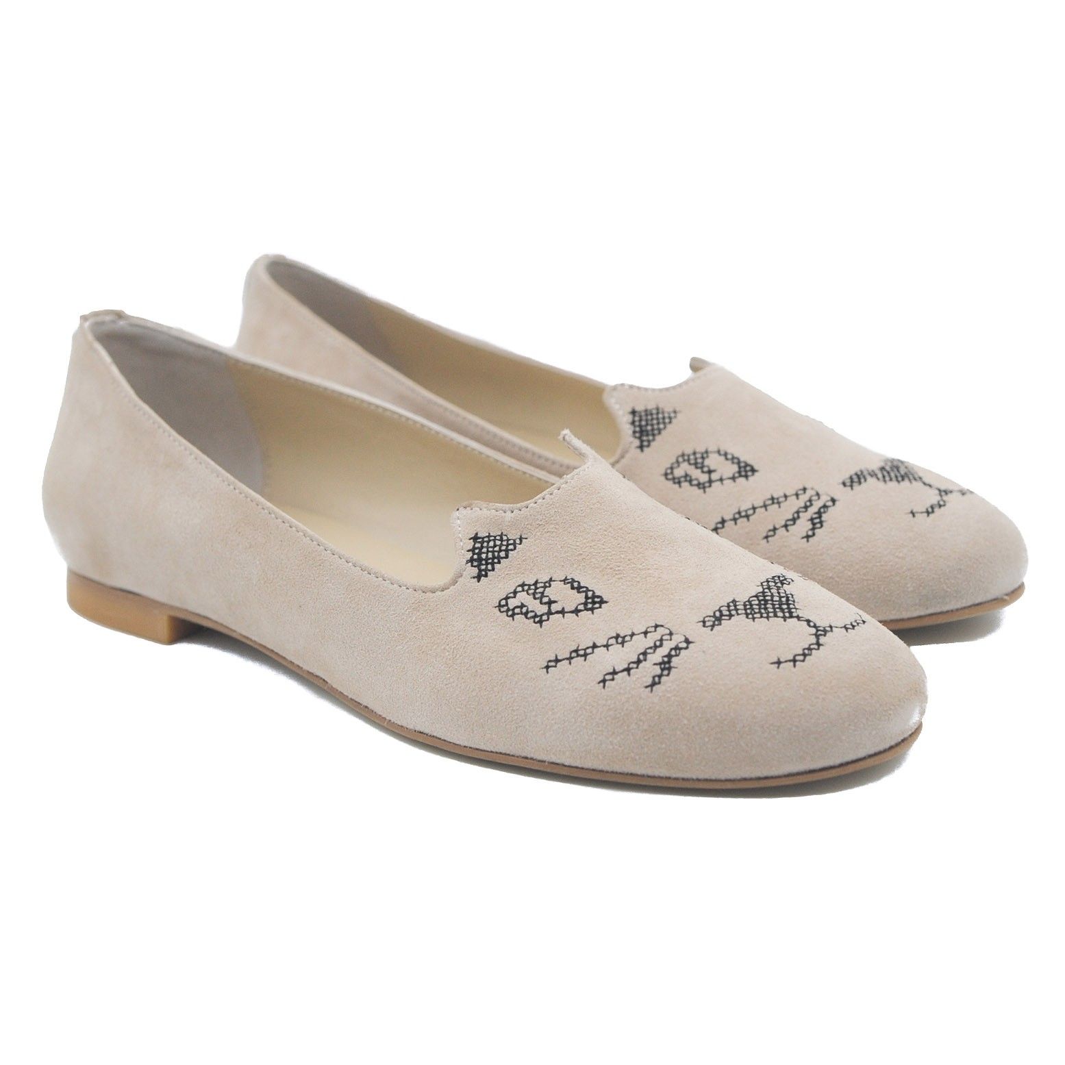 Pegia Ladies' Flat Suede Slipper Pumps with a Cross Stitch Cat Face Beige