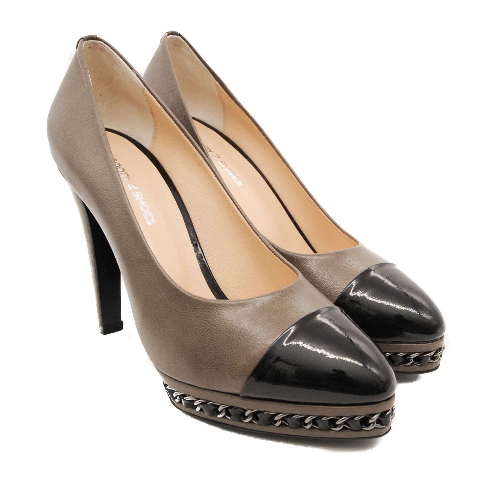 Two Tone High Heeled Shoes with Leather Inner and Patterned Decorative Chained Sole