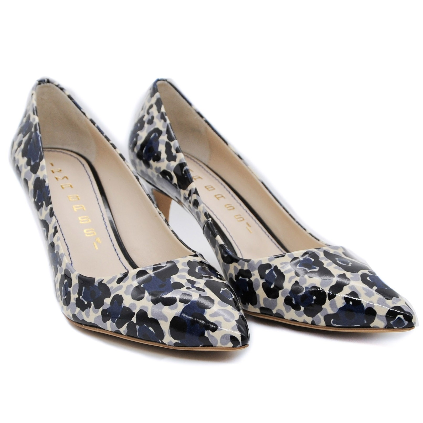 Womens Medium Heel Attractive Patterned Fashion Court Shoe with Pointed Toe