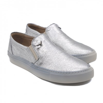 Art Goya Leather Skater Sneakers for Ladies in Eye-Catching Metallic Silver